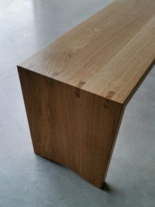 Dovetail Bench Seat. Handcrafted in solid Oak with Dovetail Joinery Detail